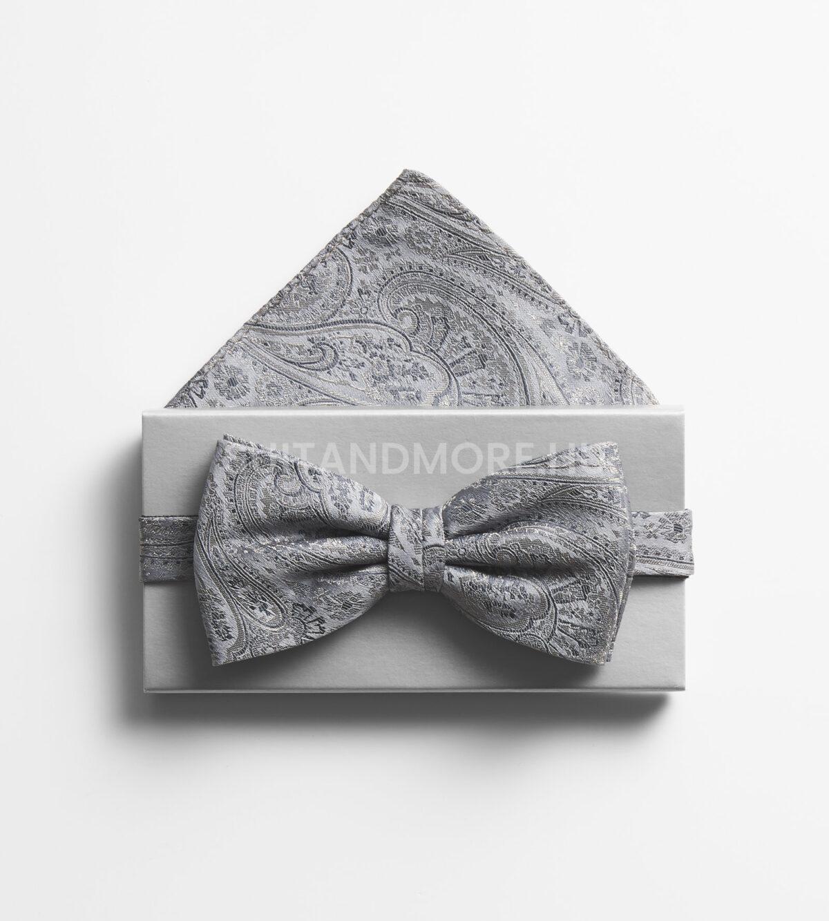 DIGEL-szürke-paisley-mintás-csokornyakkendő-szett-díszzsebkendővel-LESS-1008910-46-02