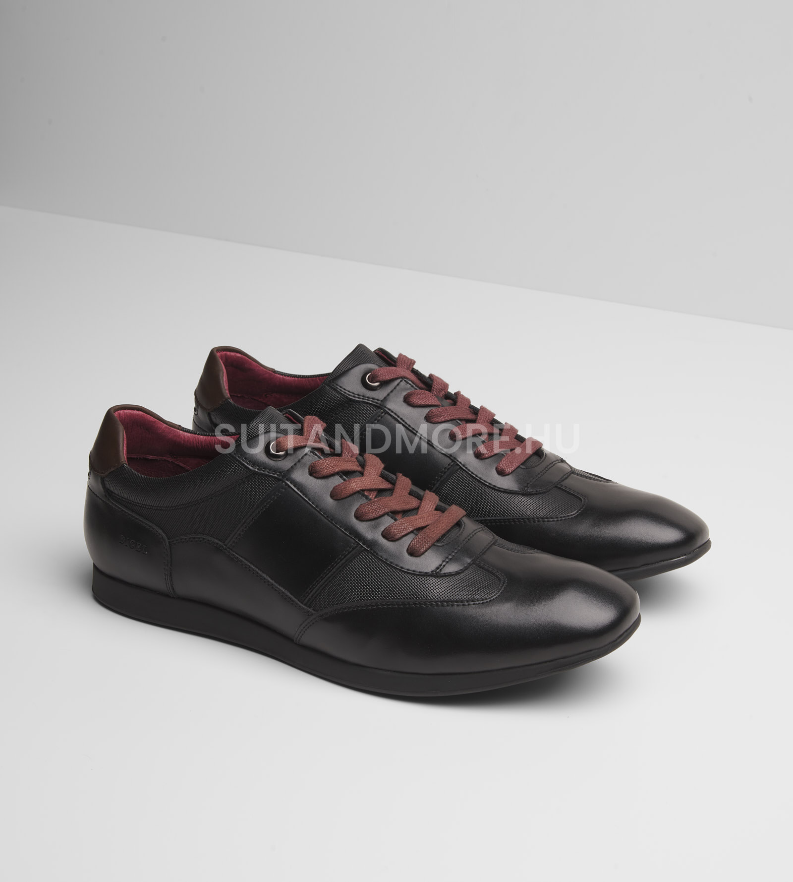 digel-fekete-sneaker-cipo-stearling-1279704-10-01