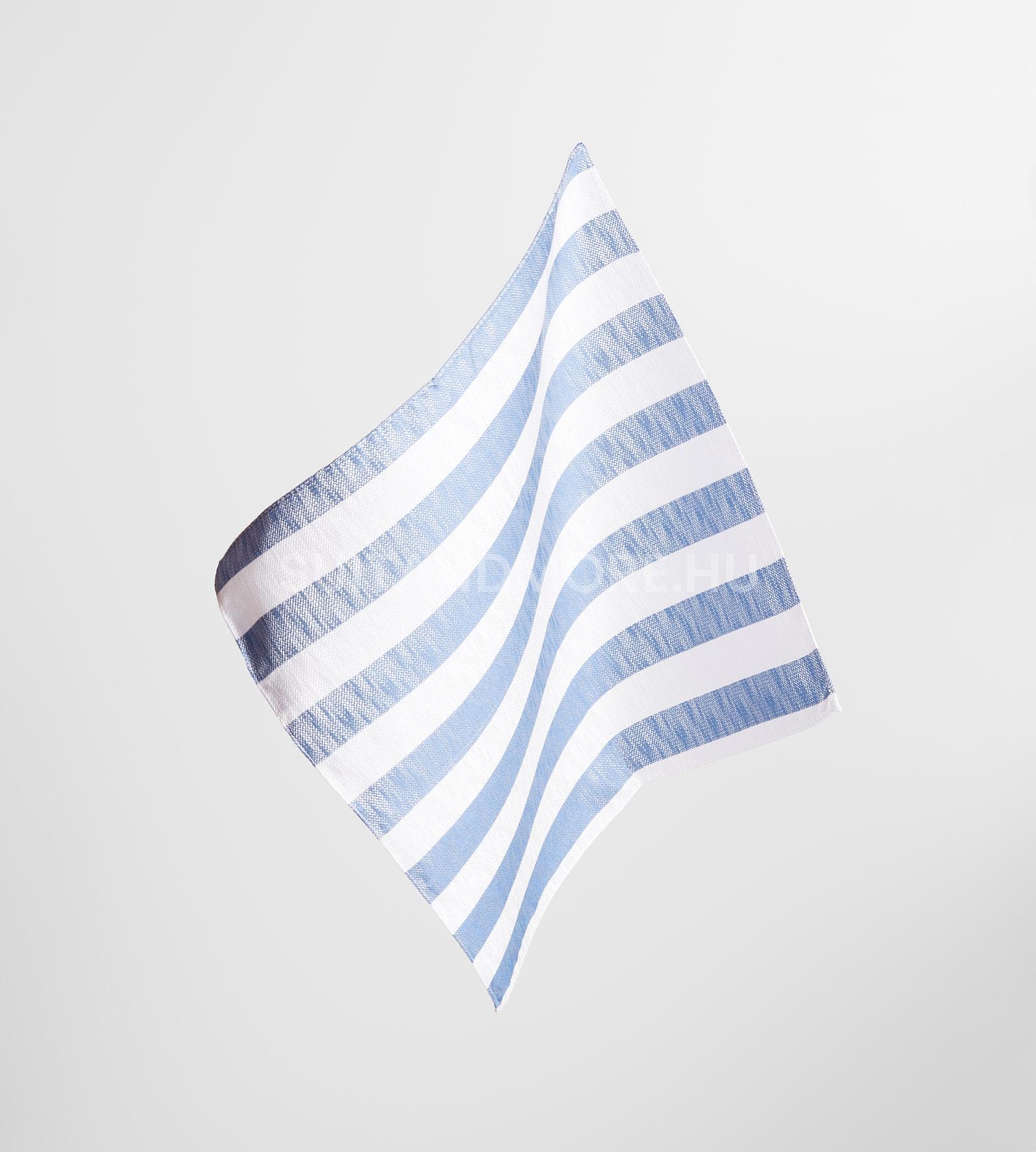 digel-kek-feher-csikos-selyem-diszzsebkendo-gabor-1179102-24-01