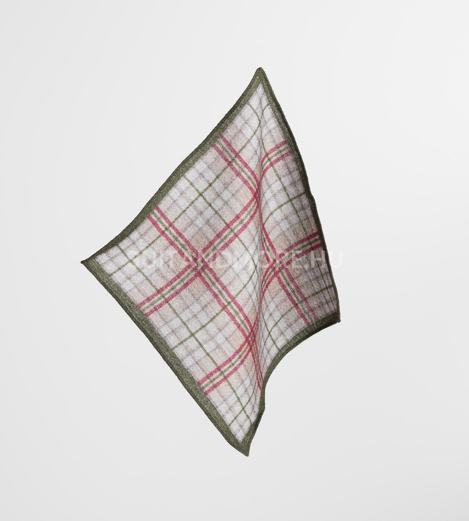 digel-zold-kockas-gyapju-diszzsebkendo-gabor-1269110-50-01